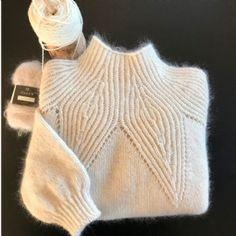 Sweater Knitting Patterns, Knitting Stitches, Knit Patterns, Baby Knitting, Vogue Knitting, Knitwear Fashion, Knit Fashion, Crochet Clothes, Knitting Projects