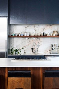 Awesome Tips: Boho Minimalist Home Bohemian Bedrooms minimalist interior living room bedrooms.Minimalist Home Design Floor Plans minimalist living room ideas loft.Minimalist Home Office Room. Luxury Kitchen Design, Best Kitchen Designs, Luxury Kitchens, Tuscan Kitchens, Minimalist Home Decor, Minimalist Kitchen, Minimalist Interior, Minimalist Living, Minimalist Bedroom