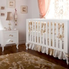 Florence Traditional Crib White with Gold Gilding