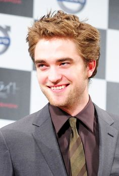 Rob in Japan  #Robert Pattinson