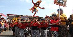 Menjelang perayaan Nyepi Tahun Caka 1936 yang akan jatuh tanggal 31 Maret 2014, Sabtu (29/3) Perhimpunan Pemuda Hindu (Peradah)…