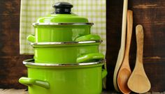 Not all cookware is considered safe by Functional Medicine standards. Read on to find out which products can leach toxins into your food (and should be. Non Toxic Cookware, Safest Cookware, Pots And Pans Sets, Serving Utensils, Pan Set, Food Facts, Food Network Recipes, Food Network Cookware, Kitchen Gadgets