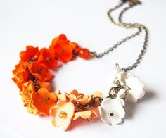 Flower gradient Necklace