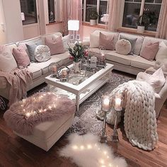 Kitnet & Studio Decoration: Designs & Photos - Home Fashion Trend Glam Living Room, Living Room Decor Cozy, Beautiful Living Rooms, Romantic Living Room, Pink Living Rooms, Decor Room, Room Decorations, Bedroom Decor, Wall Decor