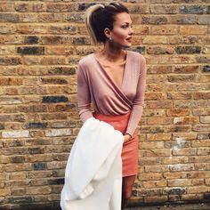 Caroline Receveur sur Instagram: Just PINK  Rdv sur mon blog www.carolinereceveurandco.com #shopmystyle pour vous procurer ce look ou sur www.liketk.it/1IFUV #liketkit #outfit #pink
