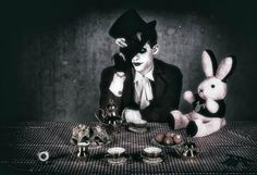 #vanhitman #fillion #althemy #model #malemodel #gothic #goth #dark #magic #vampire #jewelry #morbid #black #Gothic #makeup #modeling #alternative #beautiful #Paintface #Punk vanhitman.althemy.com