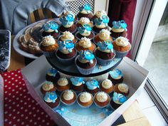 I like the stars and thinking more teal. Cupcakes from my baby boy's christening decorated with dummies, booties and stars Baby Boy Toys, Baby Boy Gifts, Teal Cupcakes, Baby Boy Christening, Presents For Boys, Naming Ceremony, Boy Decor, Baby Boy Nurseries, Baby Boy Outfits