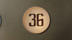「サッポロ生ビール黒ラベル」の「大人エレベーター」シリーズ新CMのワンシーン。 - 36歳の星野源&妻夫木聡、黒ラベル飲みながら大人を語る の画像ギャラリー 5枚目(全22枚) - 音楽ナタリー