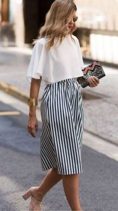 15 Cute Summer Work Outfits Appropriate For The Office - - Outfits Women Office Outfits Women, Mode Outfits, Street Style Rock, Street Styles, Street Wear, Skirt Fashion, Fashion Outfits, Womens Fashion, Ladies Fashion
