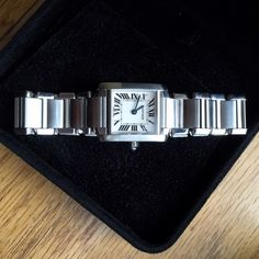 Ladies Cartier Watch – Tank Française Ladies Cartier Watch – Tank Française – This watch is in excellent condition, barely worn. Cartier Jewelry Cartier, Square Watch, Fashion Tips, Fashion Design, Fashion Trends, Lady, Shop My, Cosmetics, Watches