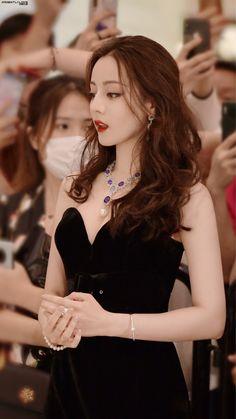 Asian Woman, Asian Girl, Women In China, Beautiful Girl Image, Chinese Actress, Celebs, Celebrities, Girls Image, Ulzzang Girl