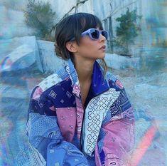 """mó solo en Multiopticas on Instagram: """"Nuestra embajadora @aitanax se suma al color de moda que está triunfando este verano 💜 No podían faltar en su look las 'mó sun rx 242A…"""" Insta Photo Ideas, Kawaii Fashion, Textures Patterns, Music Artists, Cat Eye Sunglasses, Youtubers, My Girl, Instagram, Celebrities"""