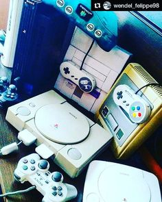 What's the oldest console you have?   Credit @wendel_felippe98  #nostalgia#remeber#classicgaming#retrogaminglife#mycolectionvideogames#sonycomputerentertainmentamerica#nintendoentertainmentsystem#superfamicom#nintendo64#playstation2#playstation#gamegear#xbox#sega#ps2#ps3#ps4#retrocolector #retrocollective