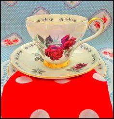 vintage tea party for a hen party: Red vintage china and napkins Vintage China, Vintage Tea, Vintage Paper, Tea Party Theme, Party Themes, Sultan Oman, Paper Napkins, Main Colors, Color Themes