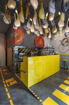 modern fast-food restaurant yellow kitchen counter