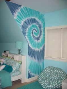 Tye Dye Mural - Another wall that was hand painted with the tye dye design - SO COOL She wants to do this in shades of purple and green when she gets her own room. My New Room, My Room, Girl Room, Girls Bedroom, Bedroom Decor, Wall Decor, Bedrooms, Bedroom Ideas, Tye Dye