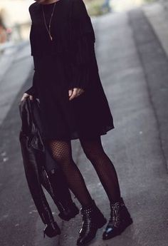 Love the black out look with buckles and studs accessorizing! Love the black out look with buckles and studs accessorizing! The post Love the black out look with buckles and studs accessorizing! appeared first on Leanna Toothaker. Mode Outfits, Fall Outfits, Casual Outfits, Fashion Outfits, Dress Fashion, Fashion Mode, Look Fashion, Womens Fashion, Fashion Trends