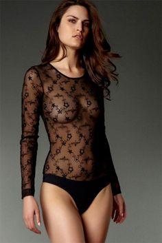 anti-flirt - Body en voile de mousseline brodé de fleurs et d'arabesques