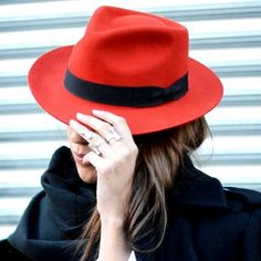 Trend Alert: Wide Brim Hats Top Heads for Fall