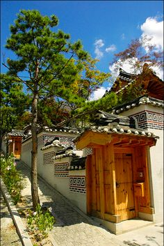Seongbuk-dong Hanok, Seoul, Korea. ..I believe that.. Someday I' ll go to Korea :)) I wish it
