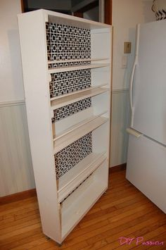 kitchen pantry design This DIY space saving rolling kitchen pantry is amazing! It will help with your kitchen pantry organizing and pantry space!