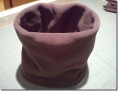 [Update: 17-Oct-2016]  The last two times I tried to make a neck warmer I sewed the wrong seam first, and ended up with the tube running sid...