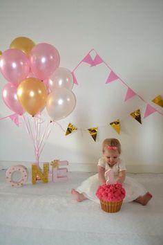 Mooie kleurencombi lichtroze met gouden ballonnen