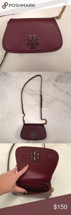 NEW Tory Burch Britten Mini Crossbody ✨ Beautiful burgundy/ wine color Tory Burch crossbody bag. The strap is detachable so that you can use it as a clutch as well. It is 100% brand new, never worn. Inside the bag has a few credit card slots in case you don't want to take a wallet. It is the perfect addition to make any outfit that much more fashionable ✨ Tory Burch Bags Crossbody Bags