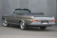 1971 Mercedes-Benz W111/112 - 280 SE 3,5 Cabriolet | Classic Driver Market #mercedesvintagecars