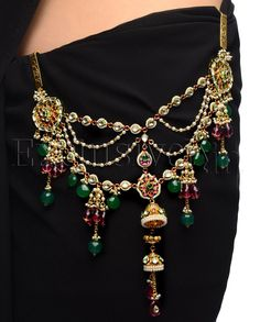Bejeweled Sari Hook Jewelry with Jhumki Drop - Indian bridal jewellery Waist Jewelry, Body Jewelry, Modern Gypsy, Indian Jewelry, Ethnic Jewelry, Chain Belts, Indian Fashion, Women's Fashion, Indian Bridal