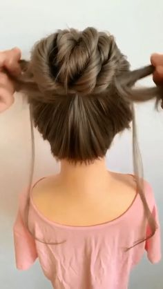 Hairdo For Long Hair, Easy Hairstyles For Long Hair, Cute Quick Hairstyles, Curly Bun Hairstyles, Hairdos, Hair Up Styles, Medium Hair Styles, Girl Hair Dos, Natural Hair Updo