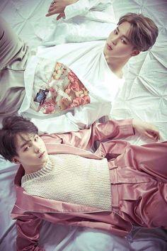 "Jimin - Suga BTS "" Wings "" Mais c'est quoi ce costume rose!!!"