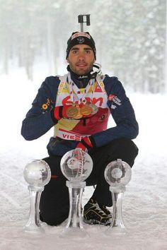 Мартен Фуркад чемпион мира 2016 г. и обладатель хрустальных глобусов BIATHLON