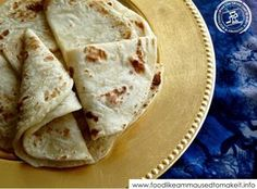 Like Amma Used to Make It Amma used to call Roti (chapati) 'handmade bread'. This tortilla like flat bread is usually served with . South African Recipes, Indian Food Recipes, Ethnic Recipes, Soft Roti Recipe, Roti Recipe Indian, Roti Bread, Bread Recipes, Cooking Recipes, Pizza Recipes