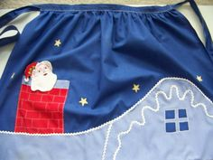 Vtg Santa Christmas Apron Santa on Roof Top Chimney Applique Polished Cotton