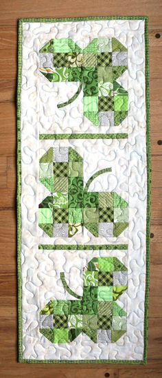 A St. Patrick's Day table runner