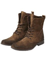 Amazing boots from the Selected Homme collection.