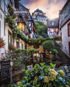 """Hello City Lover on Instagram: """"Cutest medieval old German town  📍 Beilstein An Der Mosel Image by @butnomatter.theroadislife  #hellocitylover"""""""