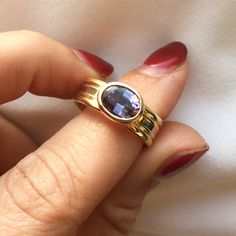 Class Ring, Gemstone Rings, Hands, Gemstones, Jewelry, Jewlery, Gems, Jewels
