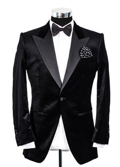 Dinner Jacket from Dorien Gray made from Scabal fabric.