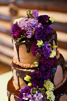 hydrangeas add a certain romantic flair to everything. Here they adorn a marvelous chocolate cake with chocolate ganache.  #wedding #denverwedding #weddingcakes