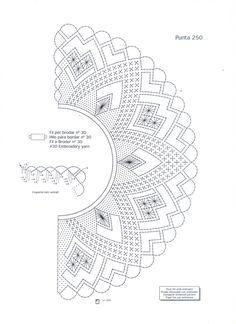 Archivo de álbumes Bobbin Lace Patterns, Beading Patterns, Crochet Lace Collar, Knit Crochet, Bobbin Lacemaking, Lace Painting, Lace Heart, Lace Jewelry, Needle Lace