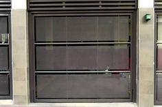 Fabricación, venta e instalación de portones automáticos.
