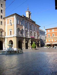 Square Vittorio Emanuele - Rieti, Lazio, Italia