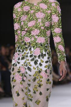 défilé couture automne-hiver 2014-2015 Giambattista Valli #mode #fashion #hautecouture #détails