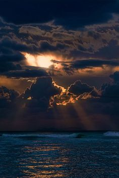 ✯ Evening on the Waves