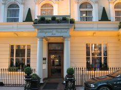 This the hotel that Marjan and I stayed at. The rooms are small, but clean and comfortable. The location is perfect, just a 5 minute walk to Paddington Station and the Bakerloo line.