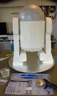 R2d2 cake on pinterest cakes birthday cakes and cupcake for R2d2 leg template