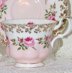 vintage pink shabby roses Teacup