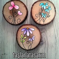 Image may contain: food - - Kinderspiele Wood Slice Crafts, Barn Wood Crafts, Wood Burning Crafts, Wood Burning Patterns, Wood Burning Art, Wooden Crafts, Stone Painting, Painting On Wood, Rock Crafts